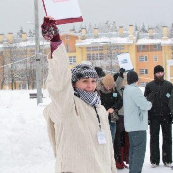 Снеговики формируют команды