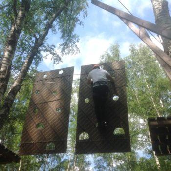 веревочный курс высотный упражнение Стена